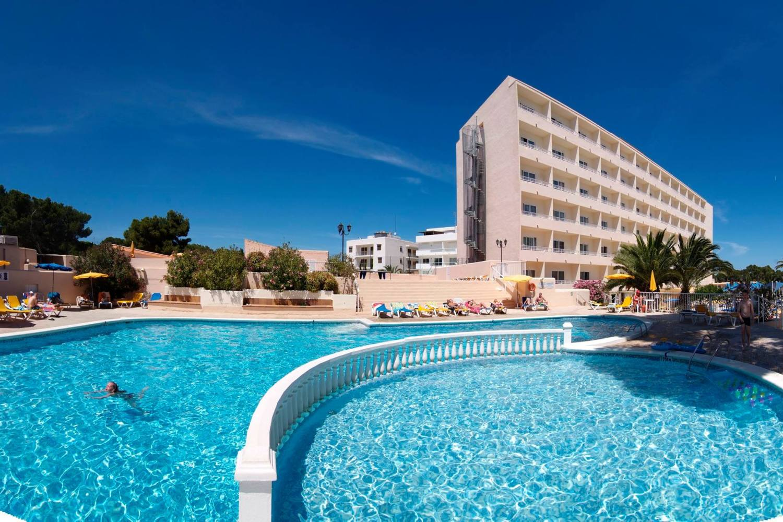 Four-Star Invisa Hotel La Cala, Ibiza