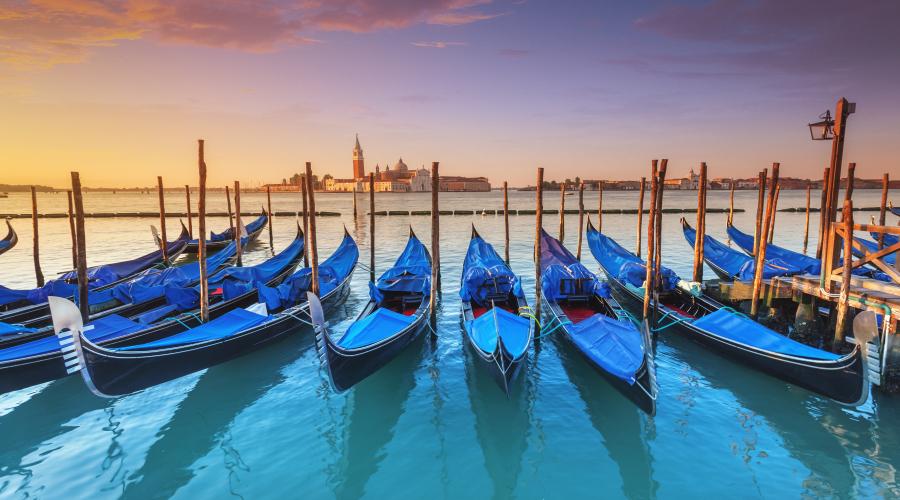 Venice - Hilton Garden Inn Mestre with Breakfast and tour