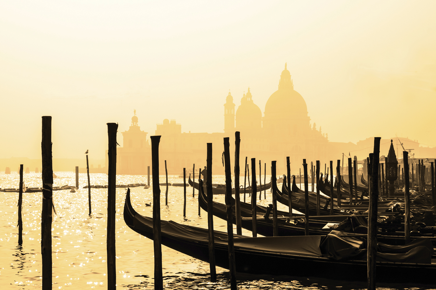 http://extranet.jetlinetravel.info/express-images/Express_Europe-Italy-Venice-Generic6.jpg