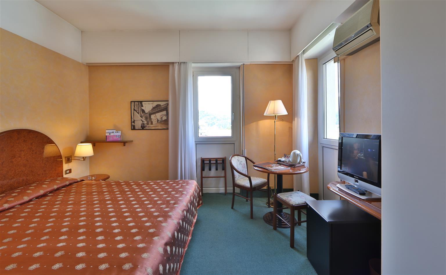 http://extranet.jetlinetravel.info/express-images/express-Best-Western-Hotel-Continental-Lake%20Como%20%282%29.JPEG