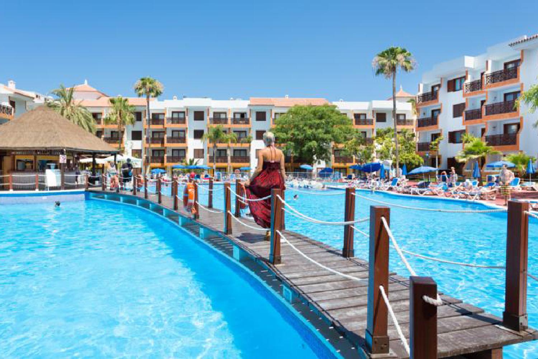 http://extranet.jetlinetravel.info/express-images/express-Globales-Tamaimo-Tropical-In-Puerto-De-Santiago-Tenerife-pool2.jpg