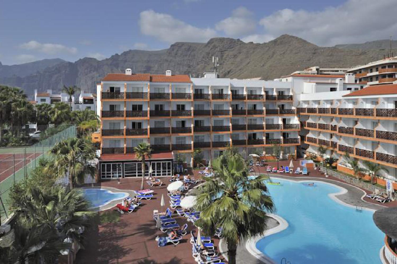 http://extranet.jetlinetravel.info/express-images/express-Globales-Tamaimo-Tropical-In-Puerto-De-Santiago-Tenerife-view.jpg
