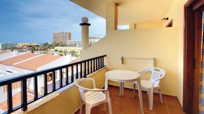 http://extranet.jetlinetravel.info/express-images/express-Labranda-Reveron-Apartments-Tenerife%20%282%29.jpg