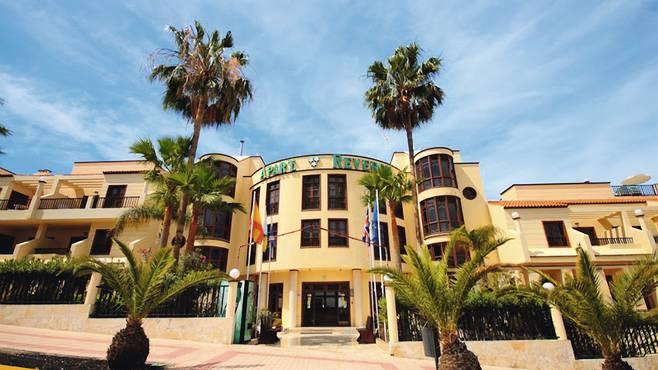 http://extranet.jetlinetravel.info/express-images/express-Labranda-Reveron-Apartments-Tenerife%20%283%29.jpg