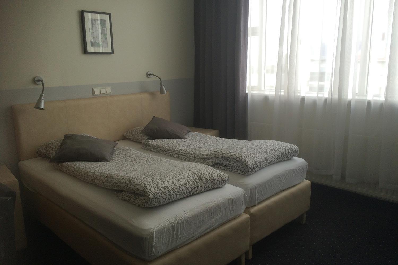 http://extranet.jetlinetravel.info/express-images/express-Standard-Twin-Room.jpg