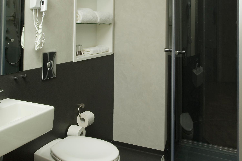 http://extranet.jetlinetravel.info/express-images/express-Superior-Room-Bathroom.jpg