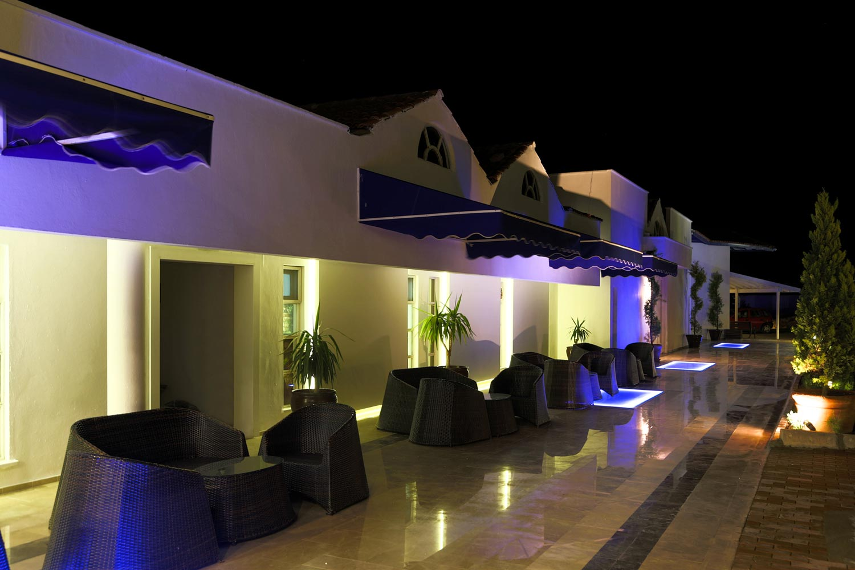 http://extranet.jetlinetravel.info/express-images/express-express-Labranda-Ephesus%20Princess-lounge.jpg