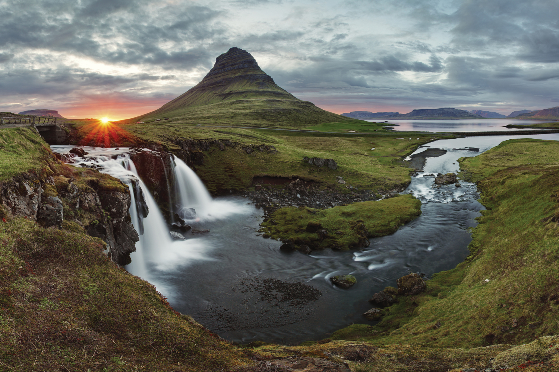 http://extranet.jetlinetravel.info/express-images/express_Europe-Iceland-Reykjavik-Generic-4.jpg
