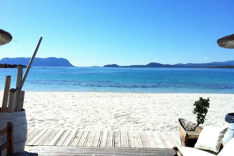 http://extranet.jetlinetravel.info/express-images/express_Geovillage_Sport_Wellness_Convention_Resort_Sardinia_beach2.jpg