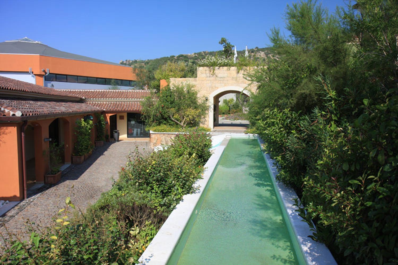 http://extranet.jetlinetravel.info/express-images/express_Geovillage_Sport_Wellness_Convention_Resort_Sardinia_garden.jpg