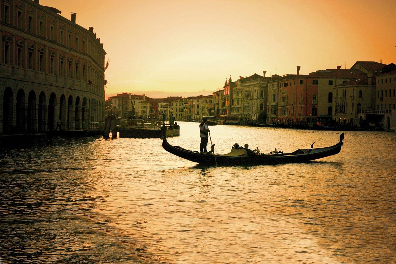 Five-Star Hotel Metropole, Venice
