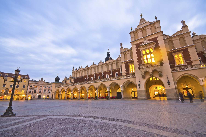 http://extranet.jetlinetravel.info/express-images/express_Poland-Krakow-generic3.jpg