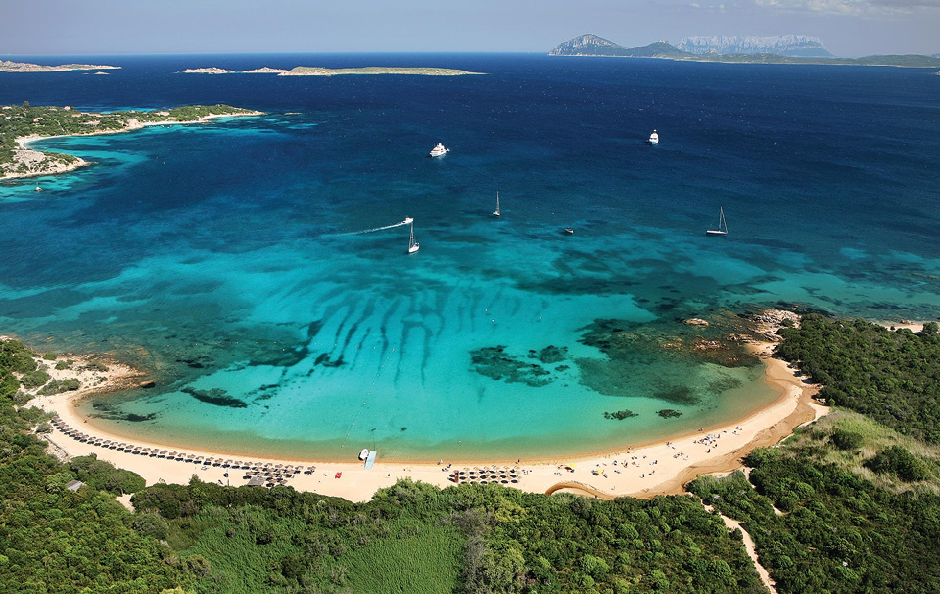 http://extranet.jetlinetravel.info/express-images/express_costa_corallina_sardinia_3.jpg