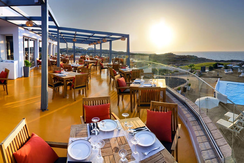 http://extranet.jetlinetravel.info/express-images/express_cretan_Pearl_Resort_Spa_Crete_dining2.jpg