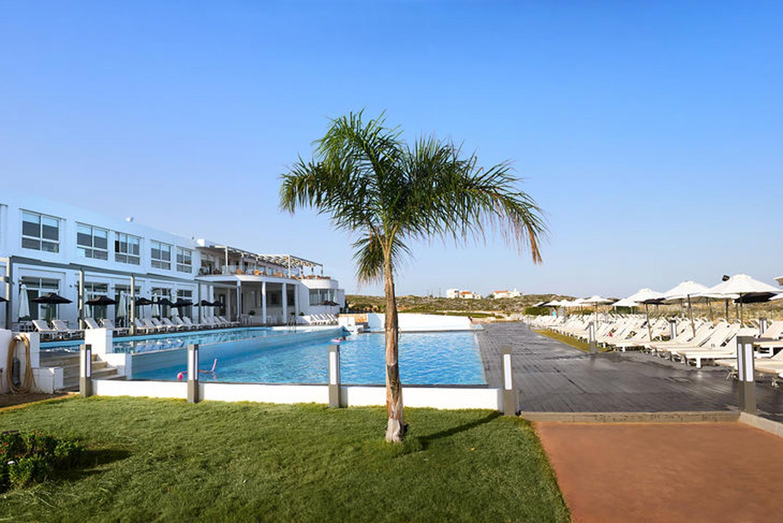 http://extranet.jetlinetravel.info/express-images/express_cretan_Pearl_Resort_Spa_Crete_pool3.jpg