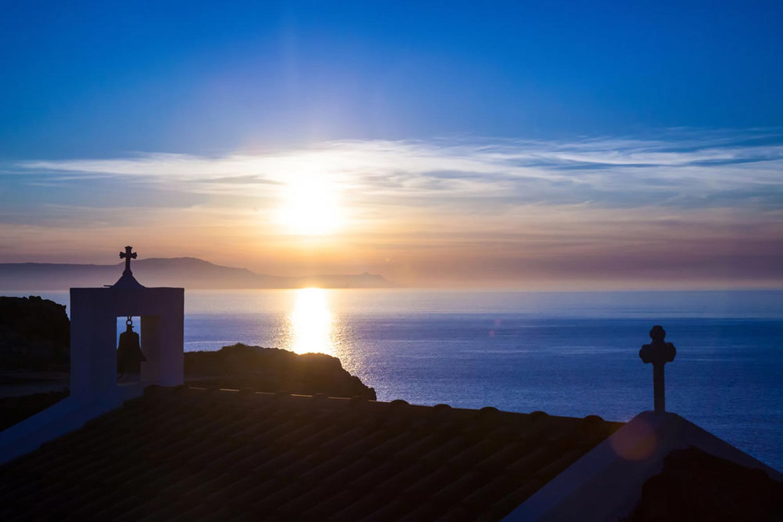 http://extranet.jetlinetravel.info/express-images/express_cretan_Pearl_Resort_Spa_Crete_sea.jpg
