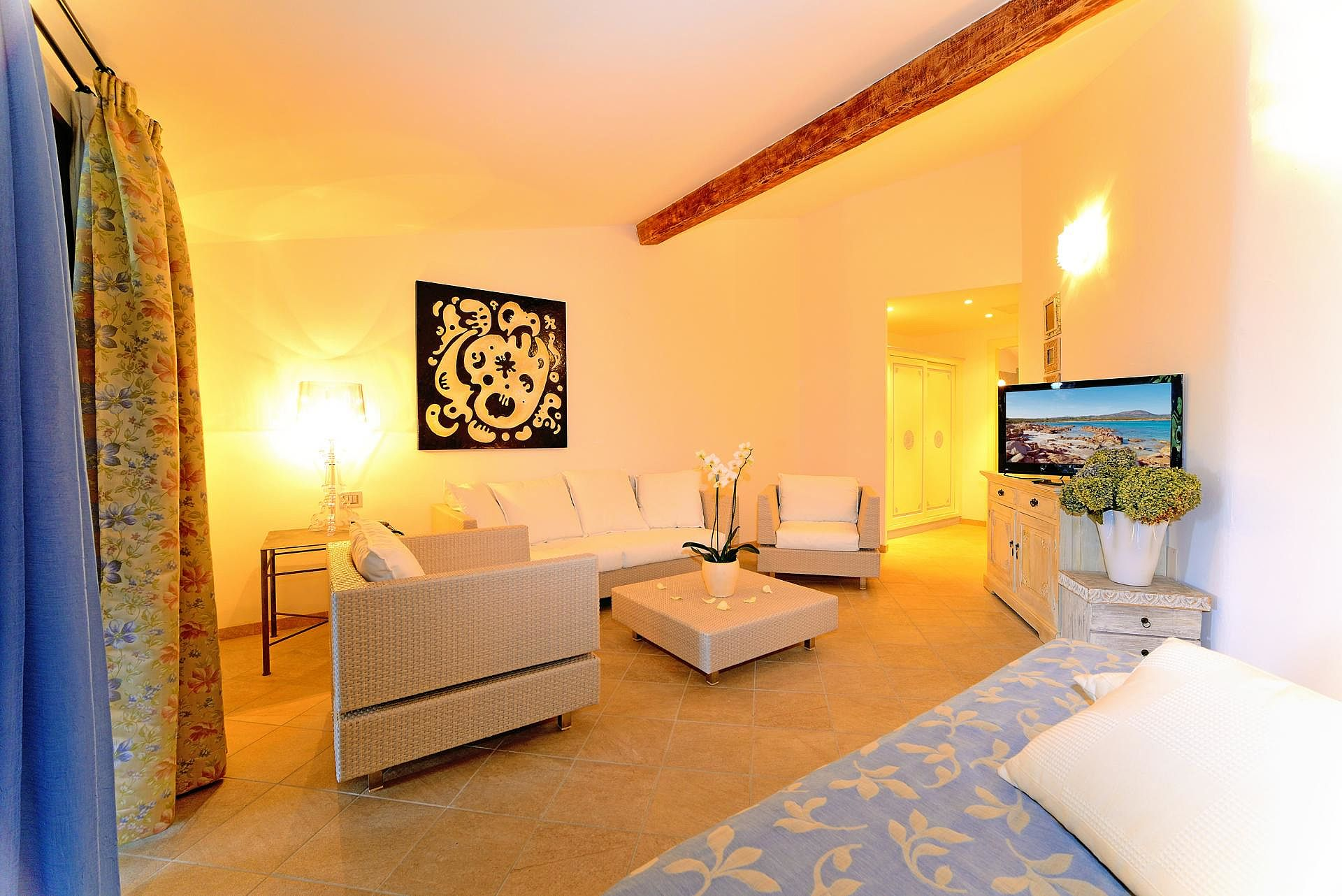http://extranet.jetlinetravel.info/express-images/express_hotel_ollastu_residence.jpg