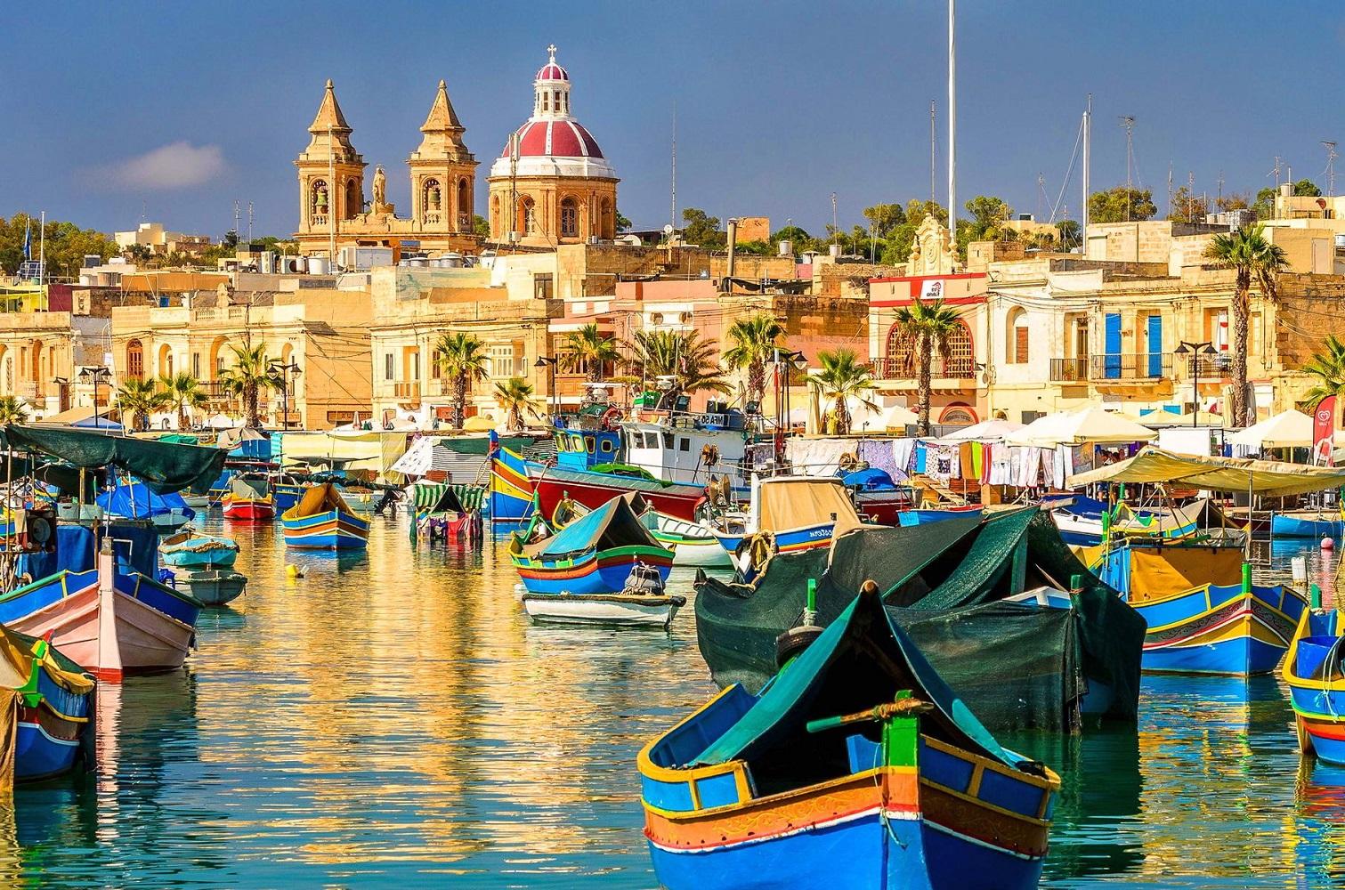 Four-Star Victoria Hotel, Malta